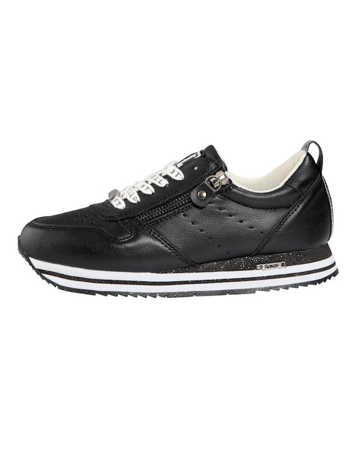 Sneaker mit modischen Schnürsenkeln