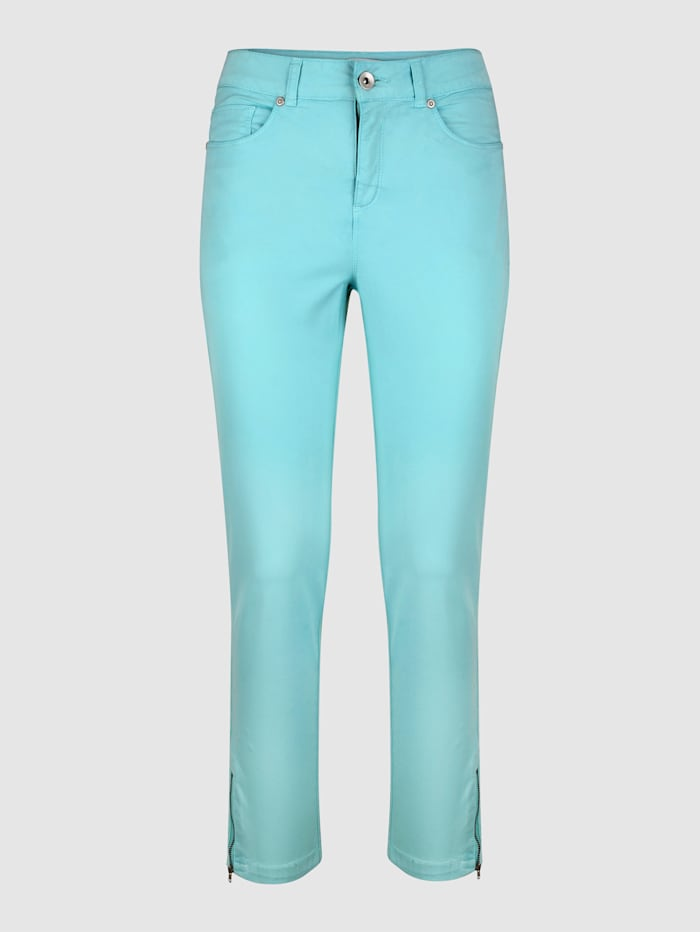 Broek in Sabine Slim model
