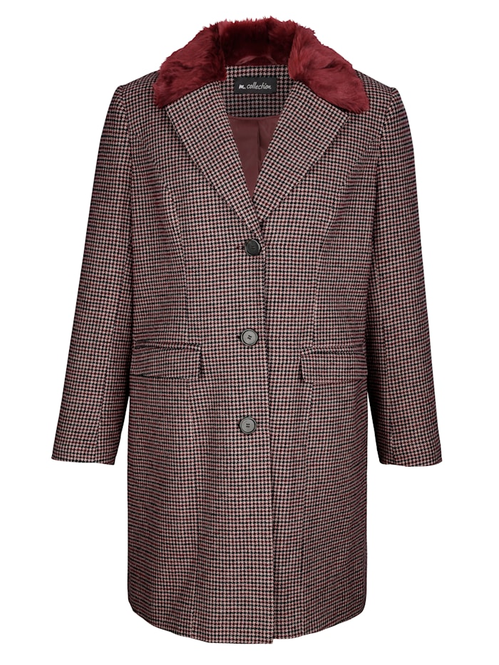 Wollen jas met fijne details