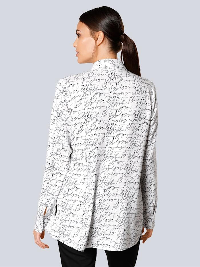 Blúzka v módnom dizajne