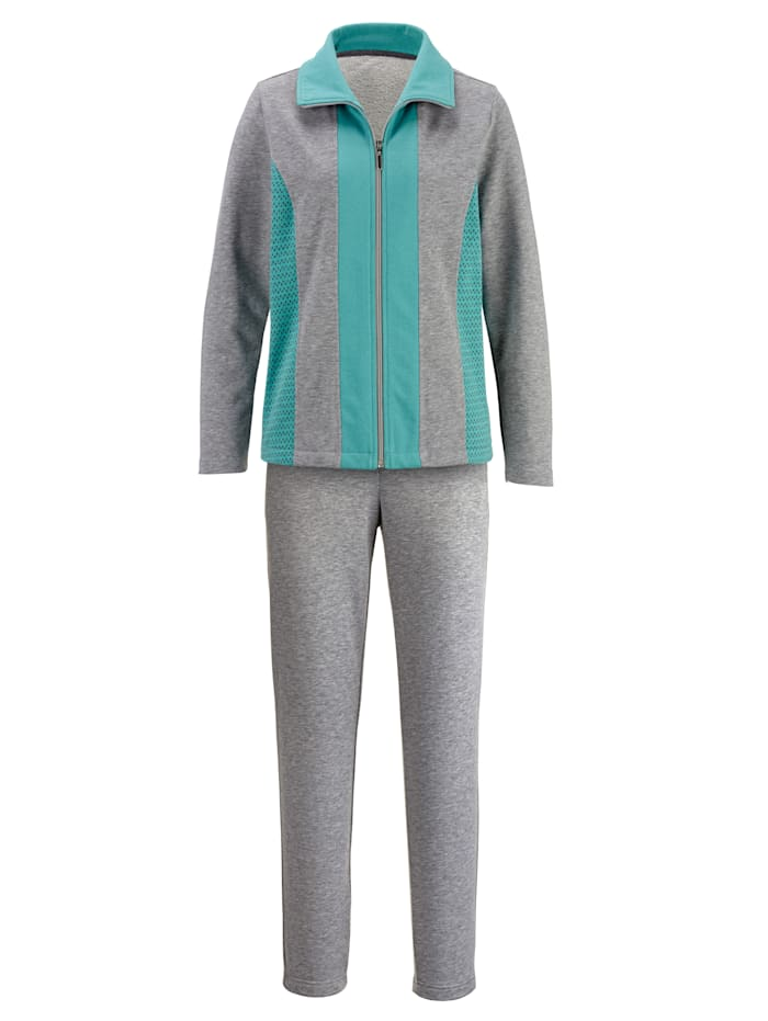 Loungewear set with contrast detailing