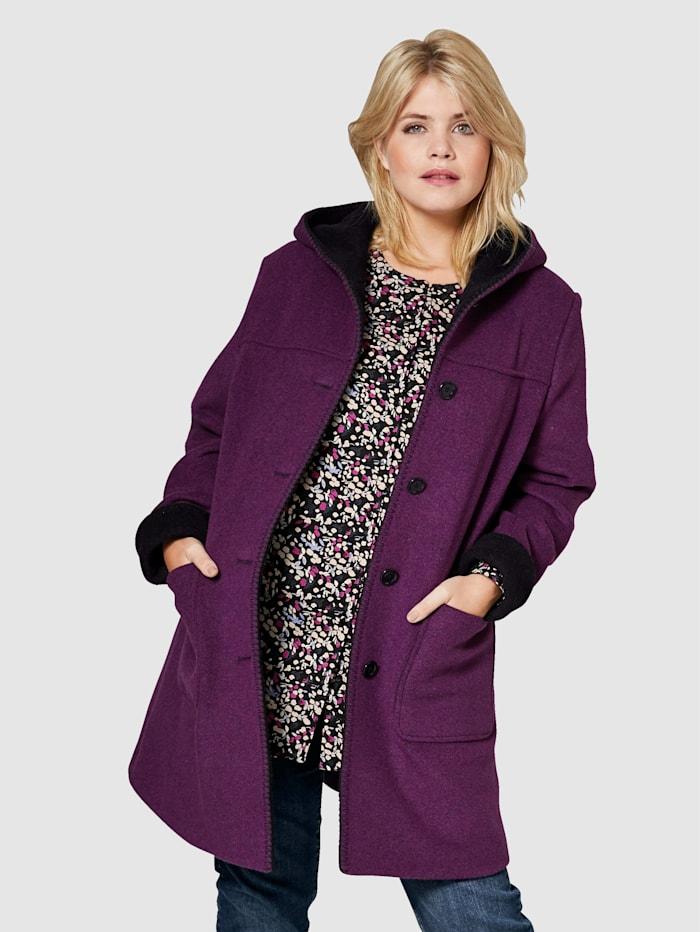 Vlněný kabát s kapucí