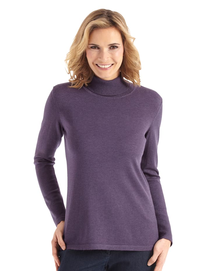 Polo neck jumper made from a premium-quality fabric