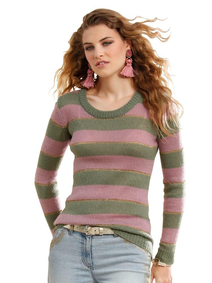Pullover in geripptem Streifendesign