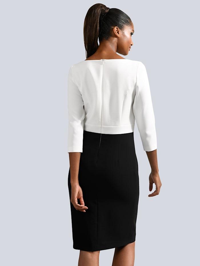 Kleid mit elegantem Detail