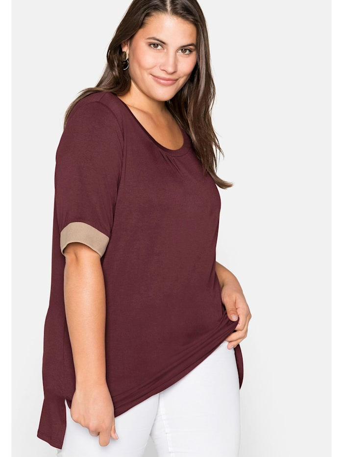 Sheego Shirt mit Kontrastbündchen, aus Viskose, barolo