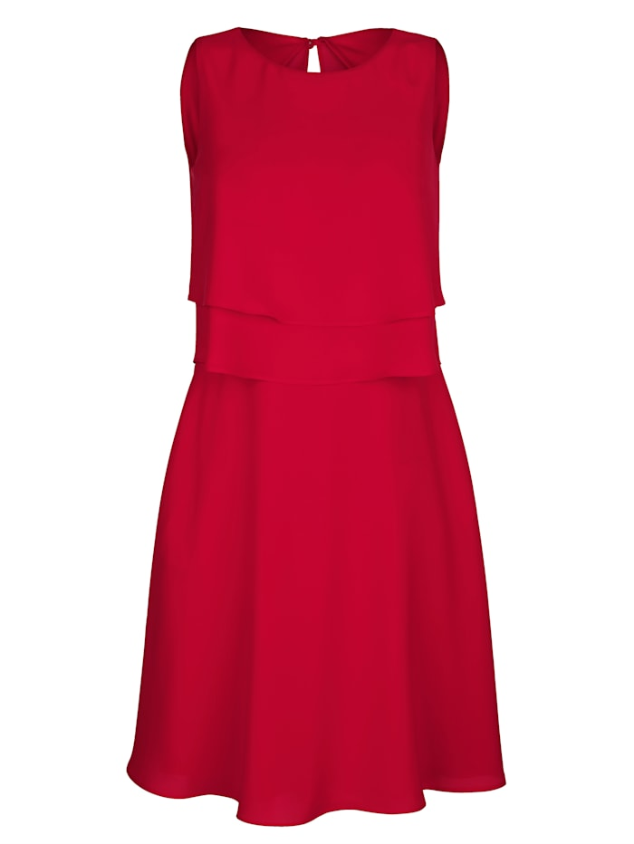 Kleid mit modischen Volants