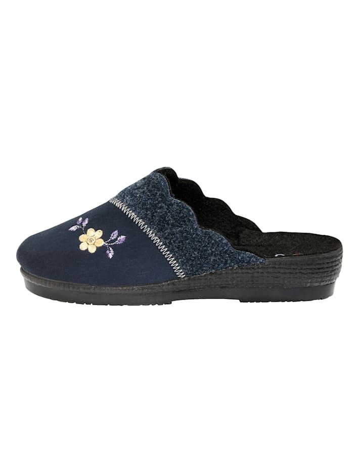 Chaussons à charmante application florale