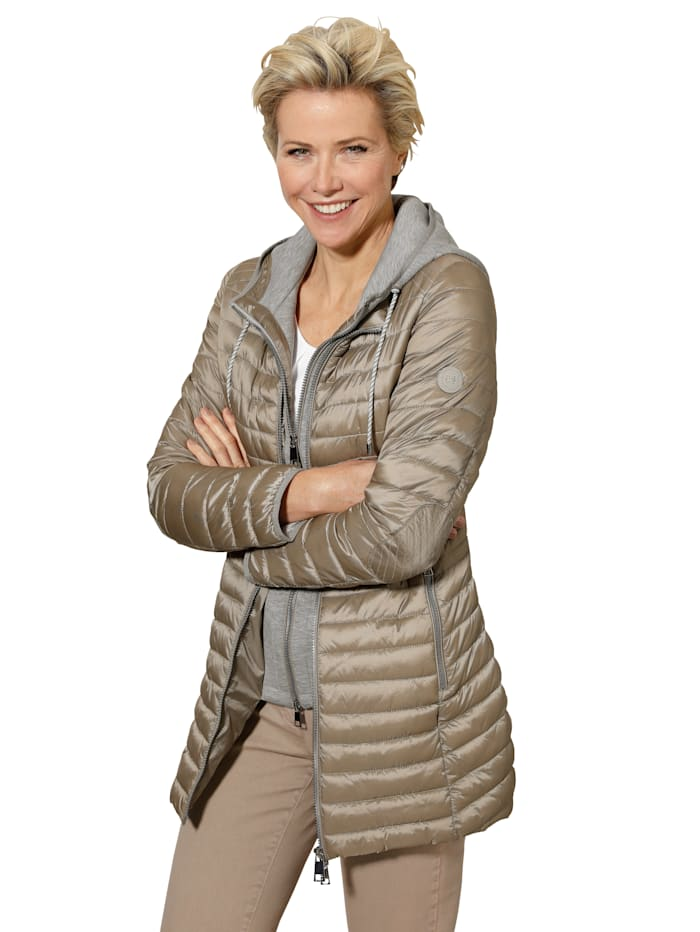 Quilted jacket with gilet insert