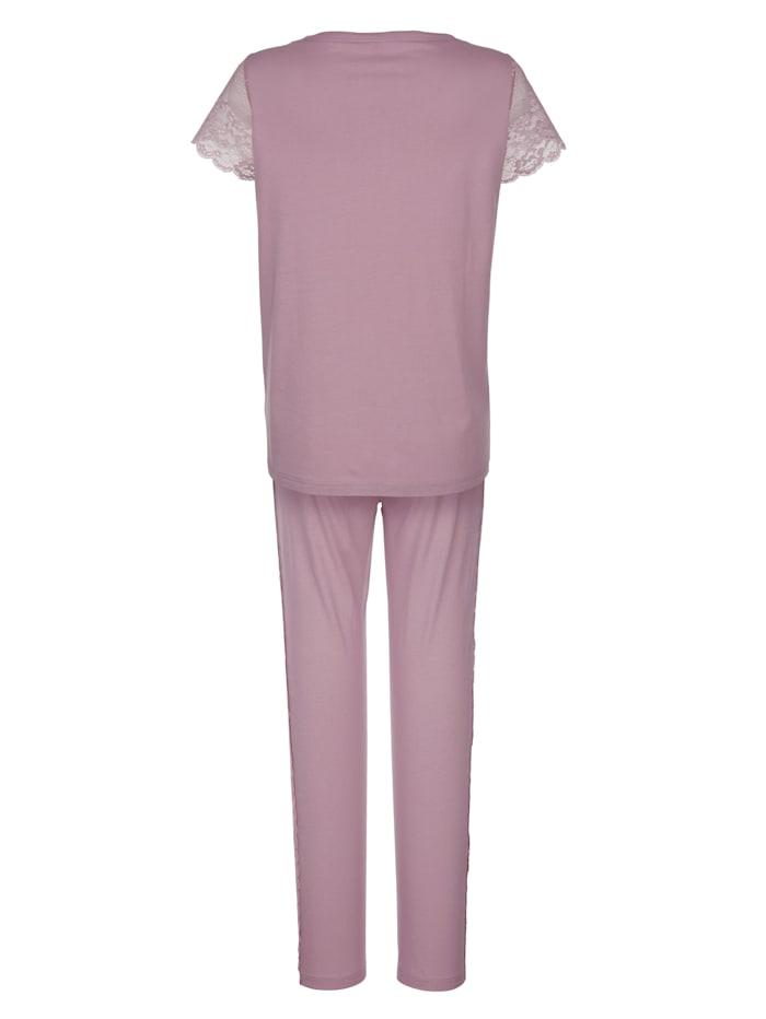 Pitsisomisteinen pyjama