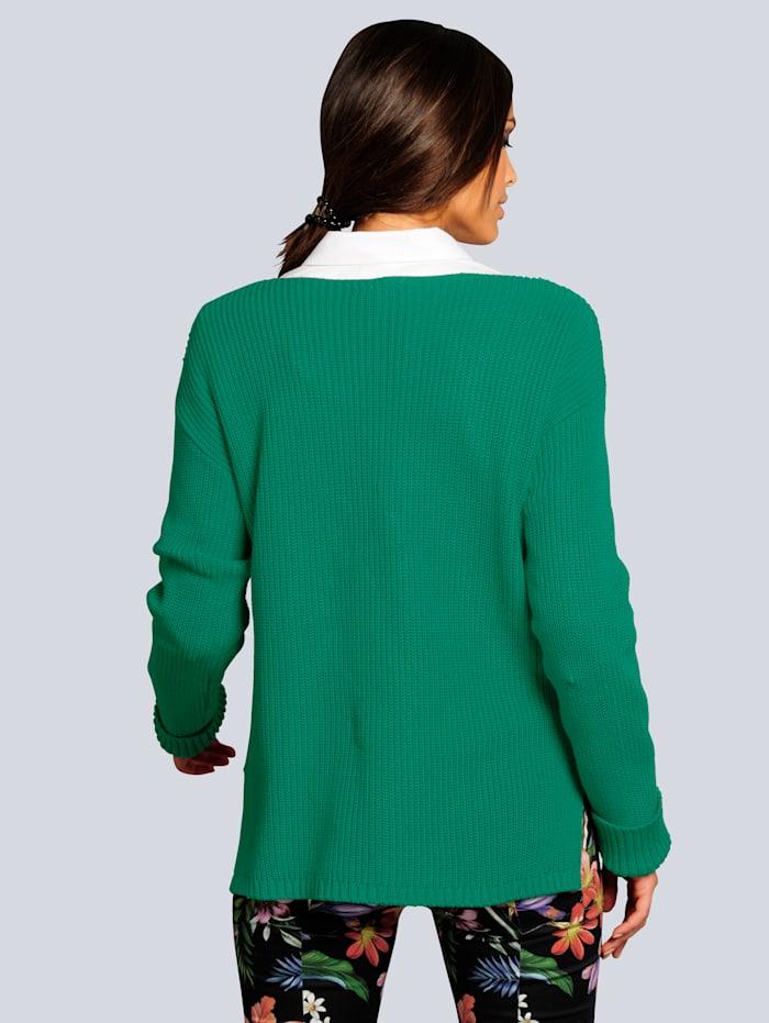 Pullover mit modischen kleinen Seitenschlitzen