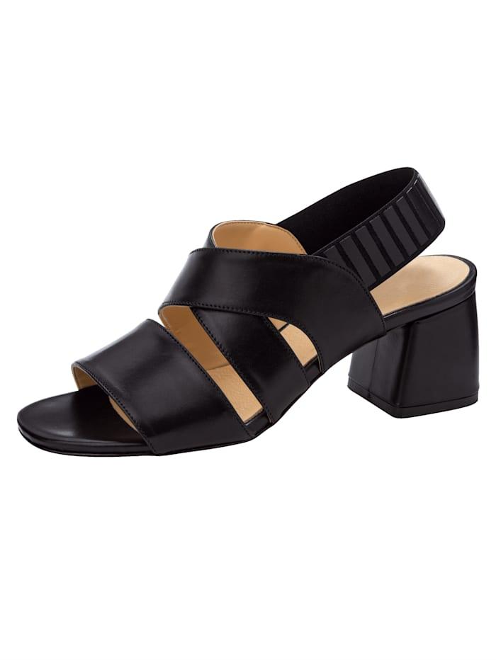 Sandaaltje met elastisch hielriempje
