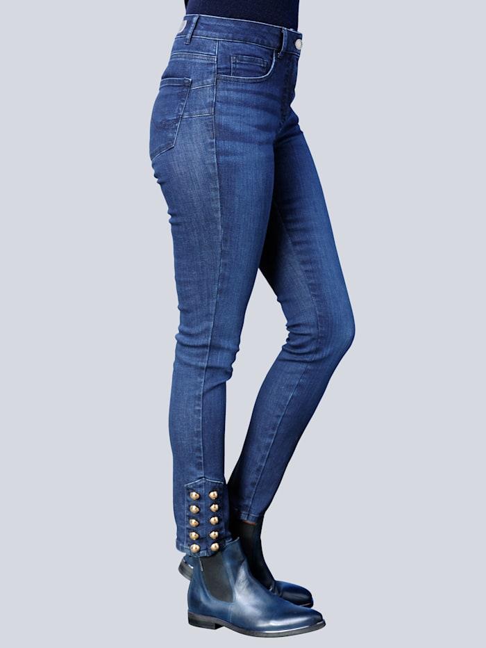 Jeans mit effektvoller Verzierung am Saumabschluss