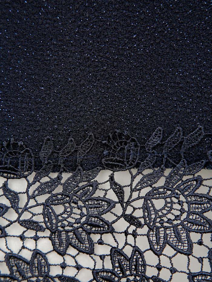 Longshirt aus glitzerndem Material