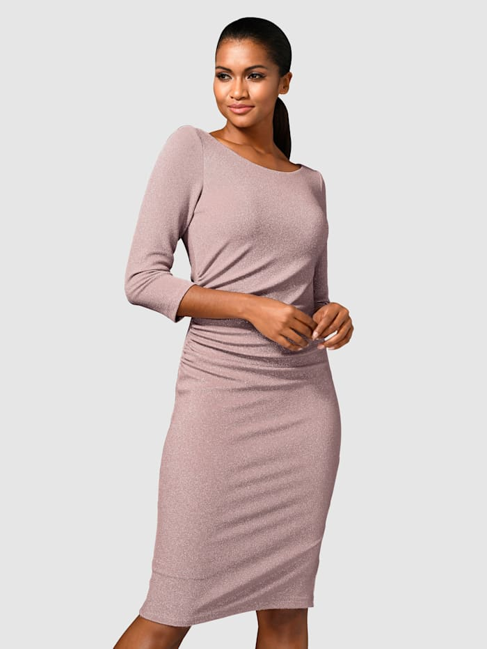 Alba Moda Kleid in dezentem Glanz, Rosé