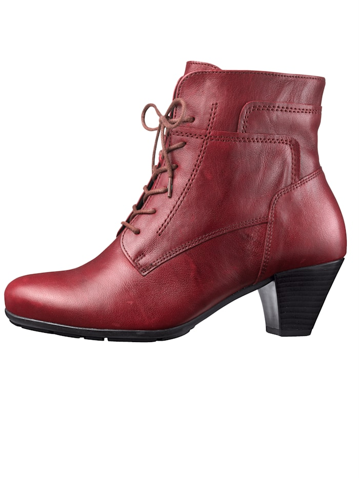 Lace-Up Boots in a fashionable look