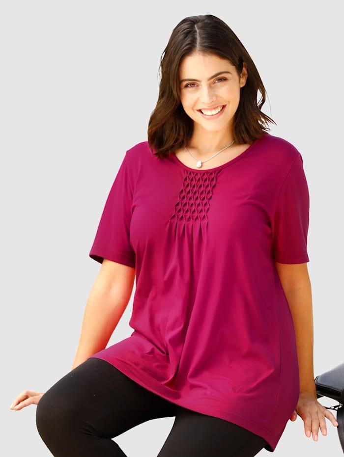 Shirt in flatterende lengte