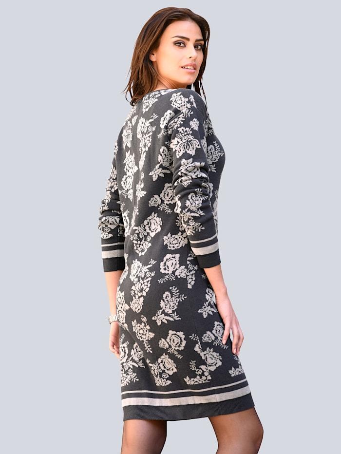 Strickkleid in einem Alba Moda exklusivem Blumen-Jacquard-Strickmuster