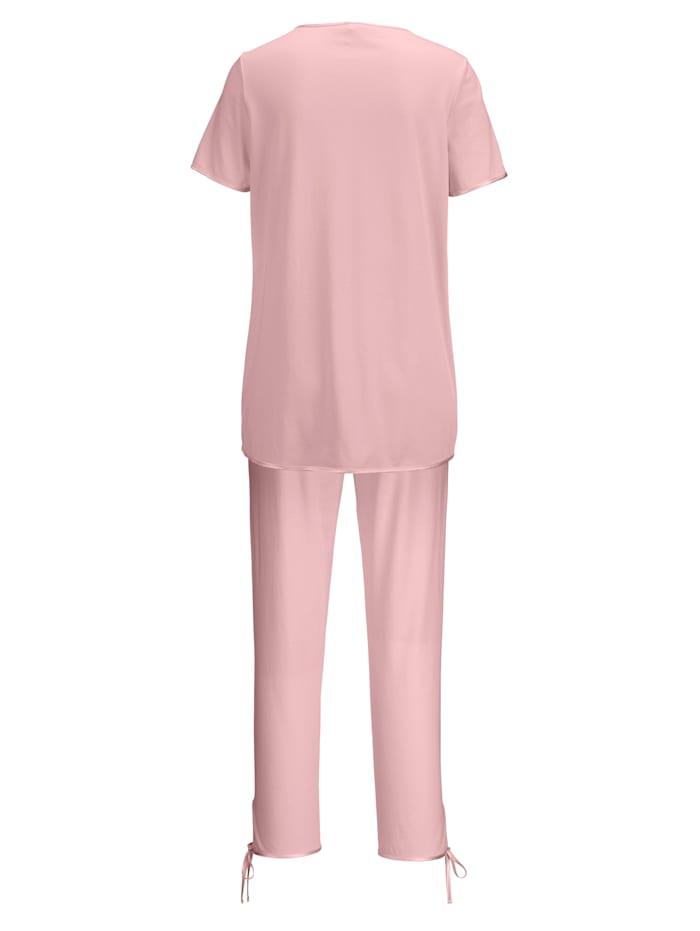 Pyjama met romantisch kant
