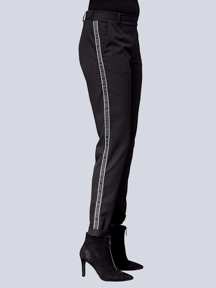 Hose mit hochwertigem Gallonstreifen an der Seitennaht