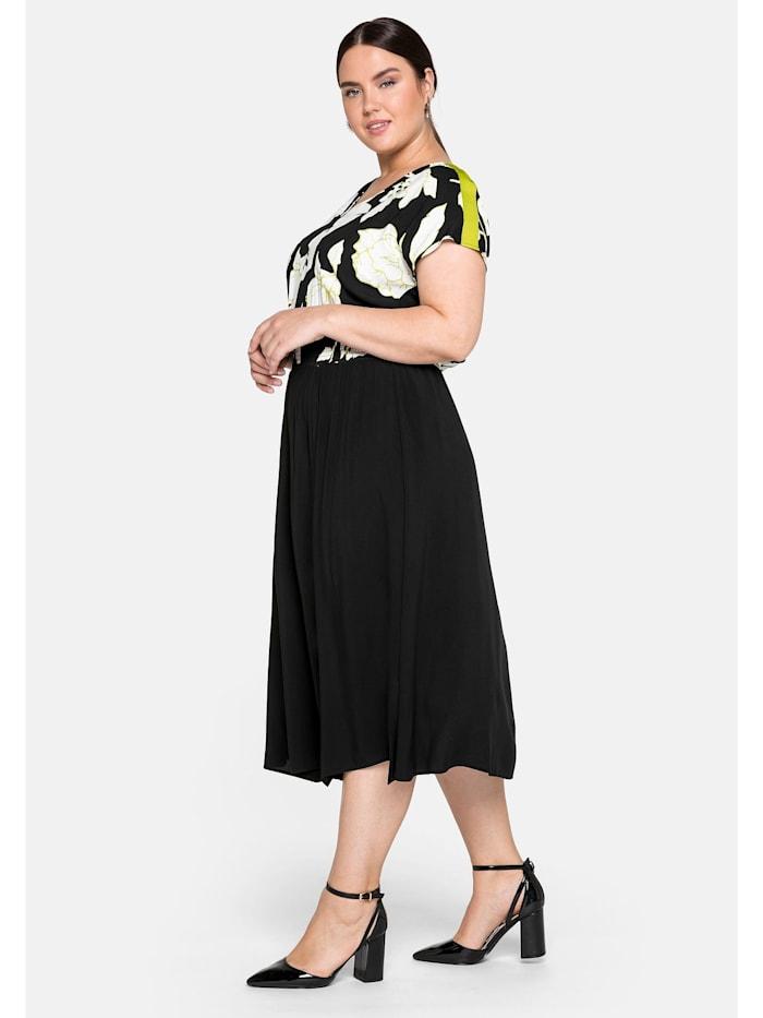 Sheego Kleid mit floralem Druck und tiefem V-Ausschnitt