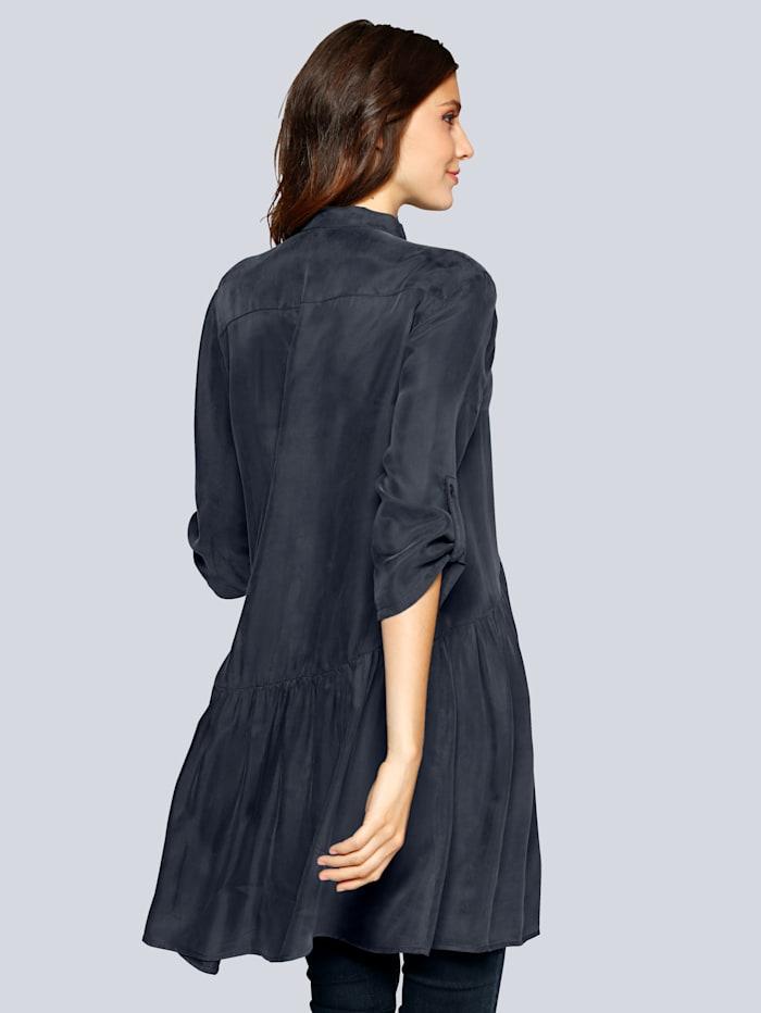 Bluse in langer Form