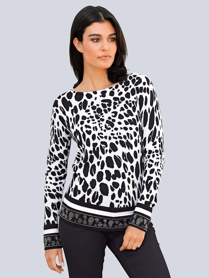 Pullover im Leo-Dessin