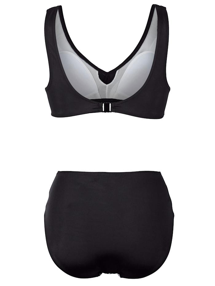 Mustavalkoiset bikinit