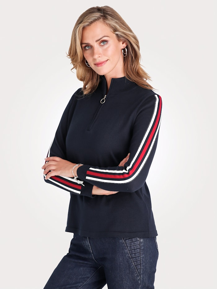 Jumper with contrast striped detailing