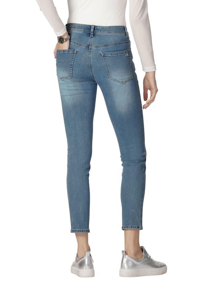 Jeans mit Stickerei und Strasssteindekoration