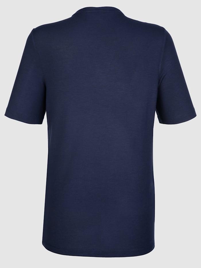 Pitsisomisteinen paita