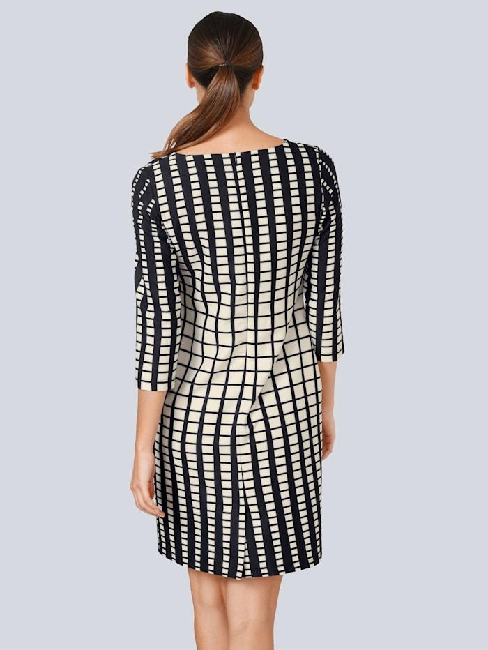 Kleid im grafischen Kästchen-Dessin allover