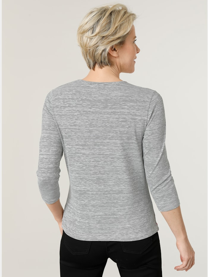 Shirt im minimal Ringel-Dessin
