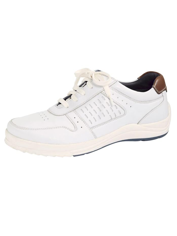 Šnurovacia obuv s módnym dierovaním