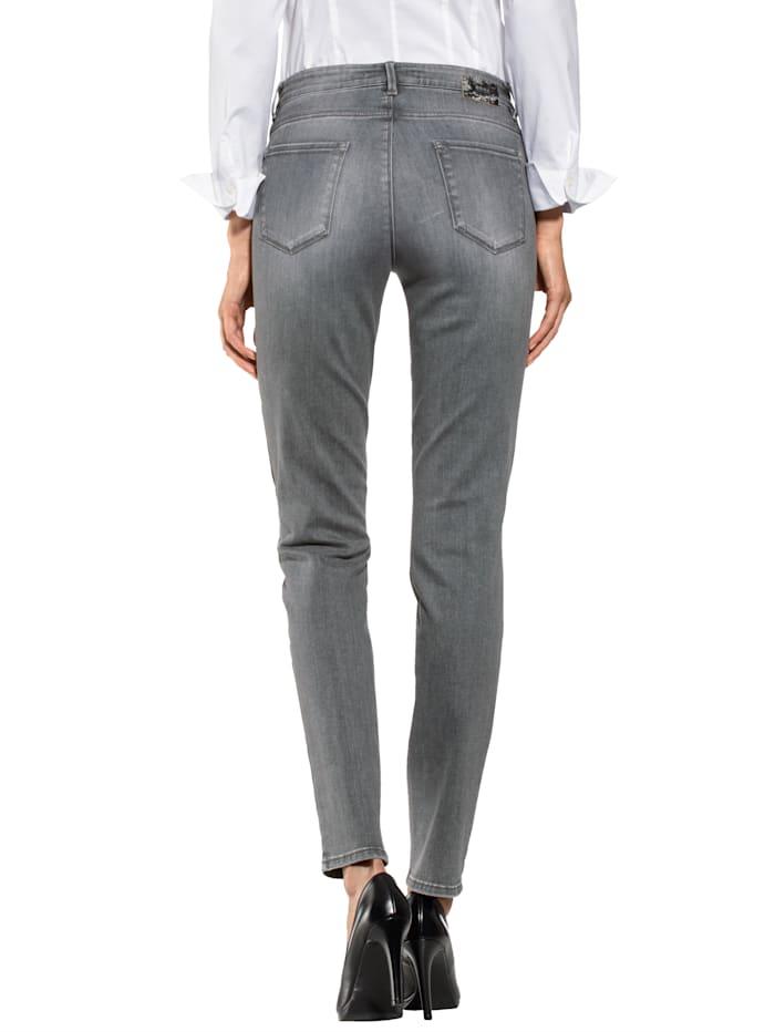 Jeans in sehr elastischer Qualität