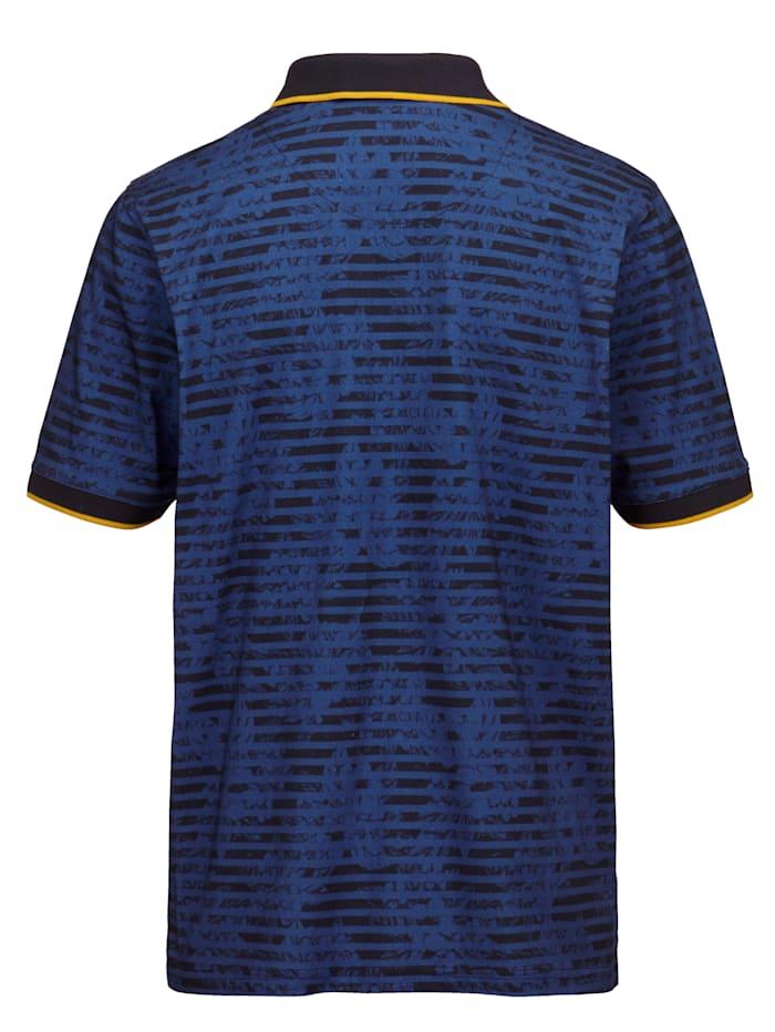 Poloskjorte med moteriktige kontraster