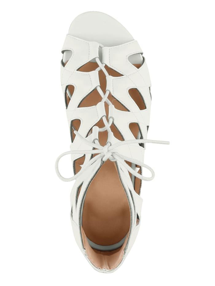 Sandaaltje met geraffineerde vetersluiting