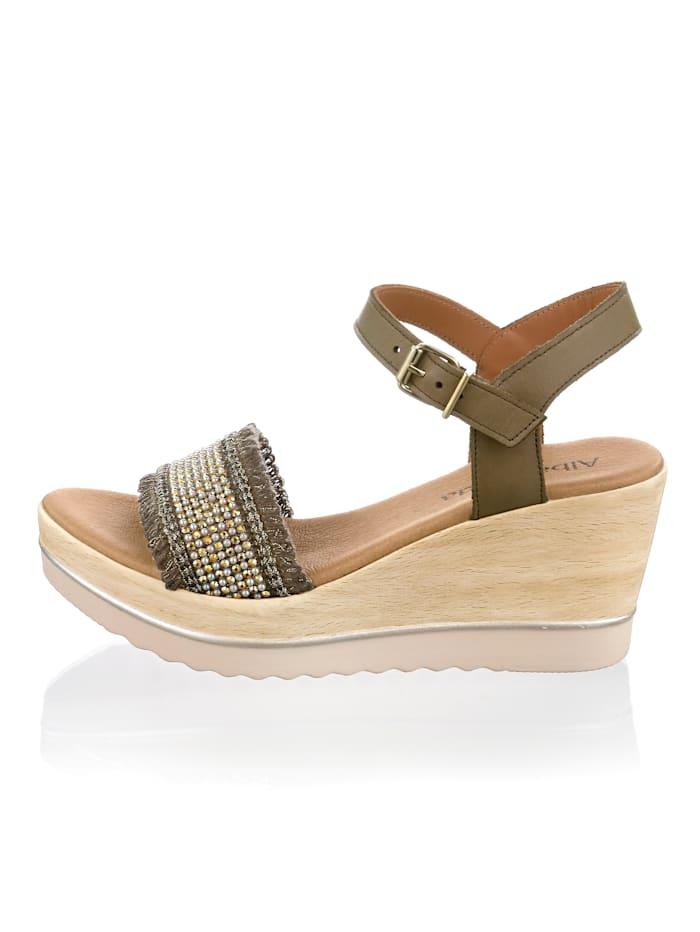 Sandaaltje met comfortabele sleehak