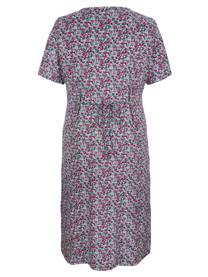 Šaty s háčkovanou krajkou na výstřihu