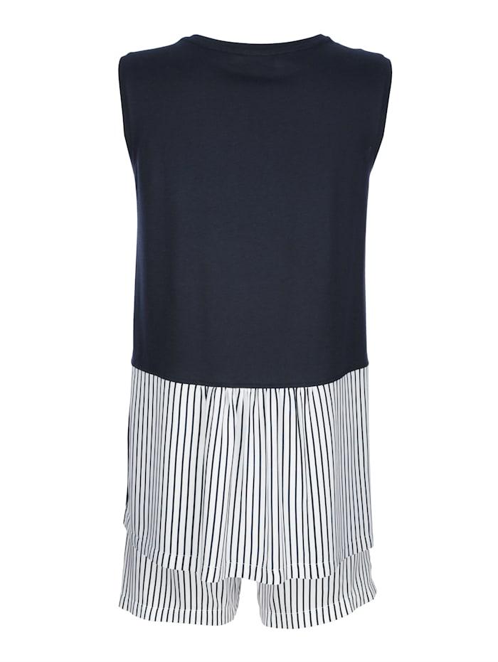 Short pyjamas with striped pattern