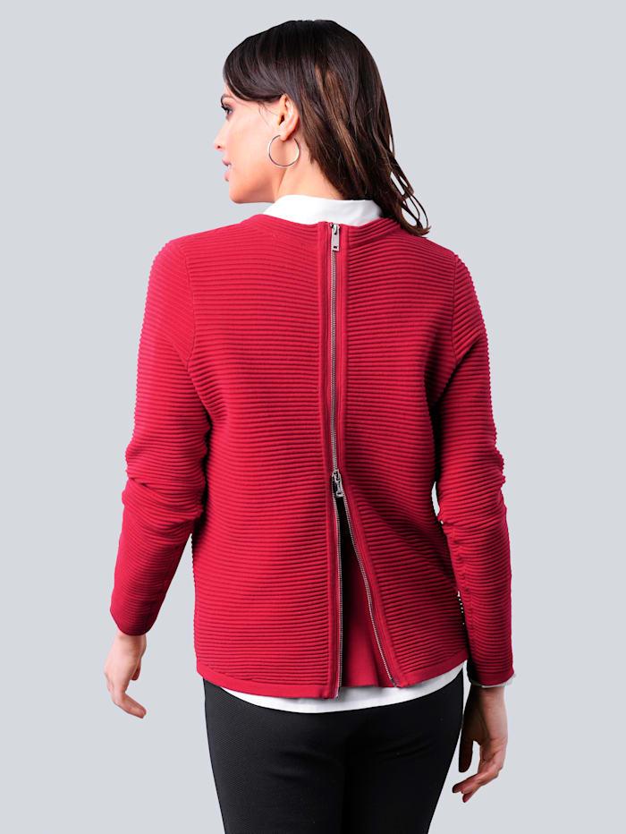 Pullover mit effektvoller Verarbeitung im Rücken