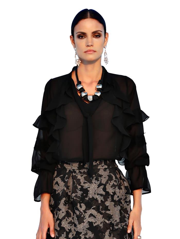 Bluse mit femininen Volants