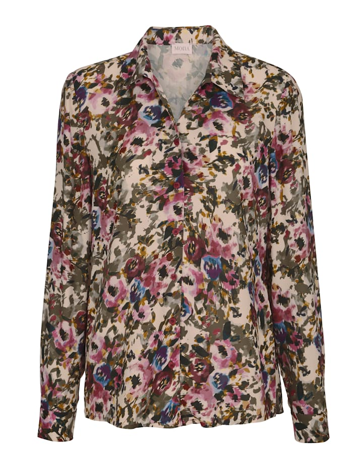 Blouse with a gorgeous print