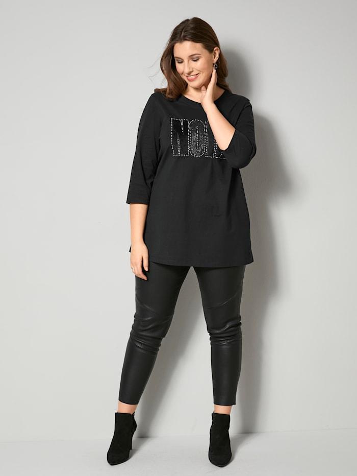 Shirt mit Frontprint und Nieten