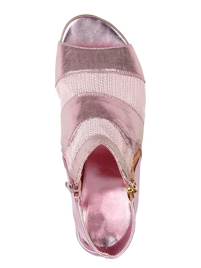 Sandale mit luftdurchlässigen Mesheinsätzen