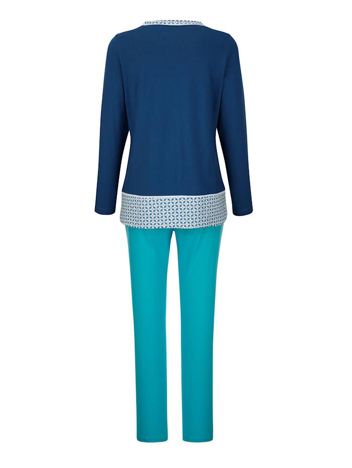 Pyjama met contrastkleurige inzet aan de zoom