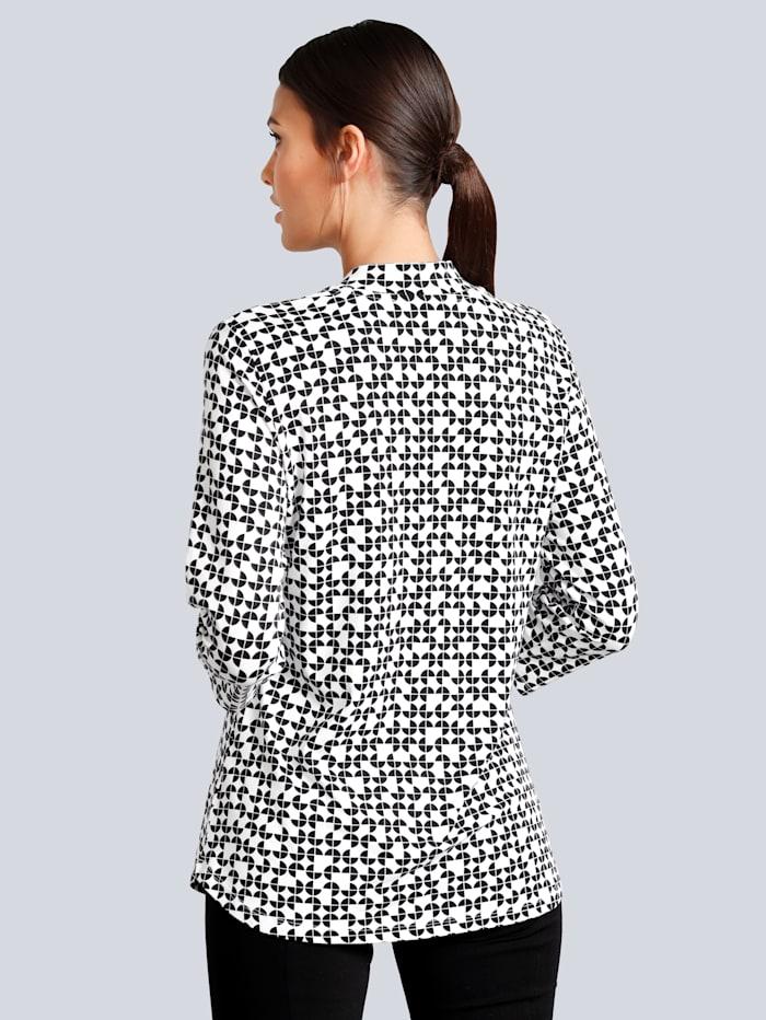 Druckshirt in grafischem Print allover