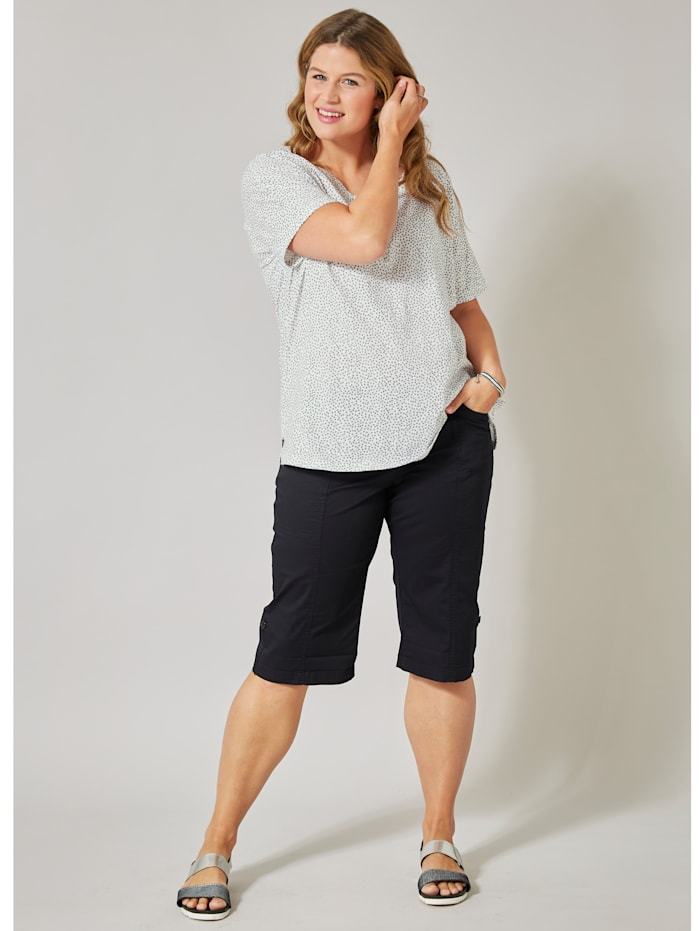 Shirt in Oversize-Form gepunktet