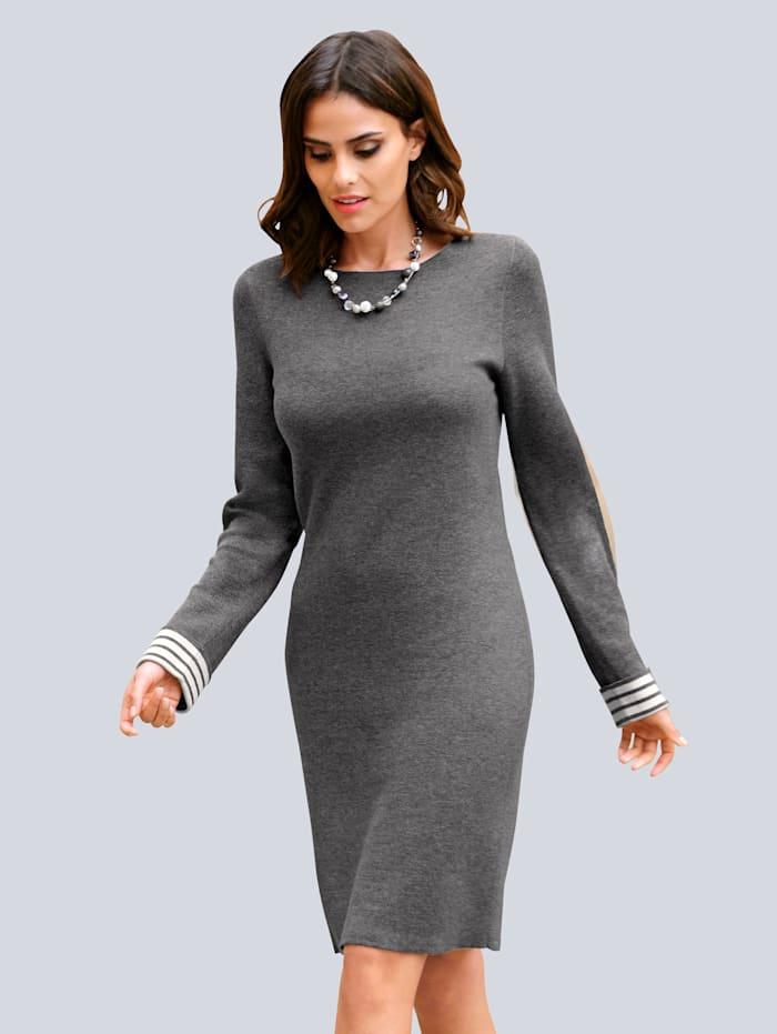 Alba Moda Strickkleid mit Streifenbündchen, Grau/Off-white