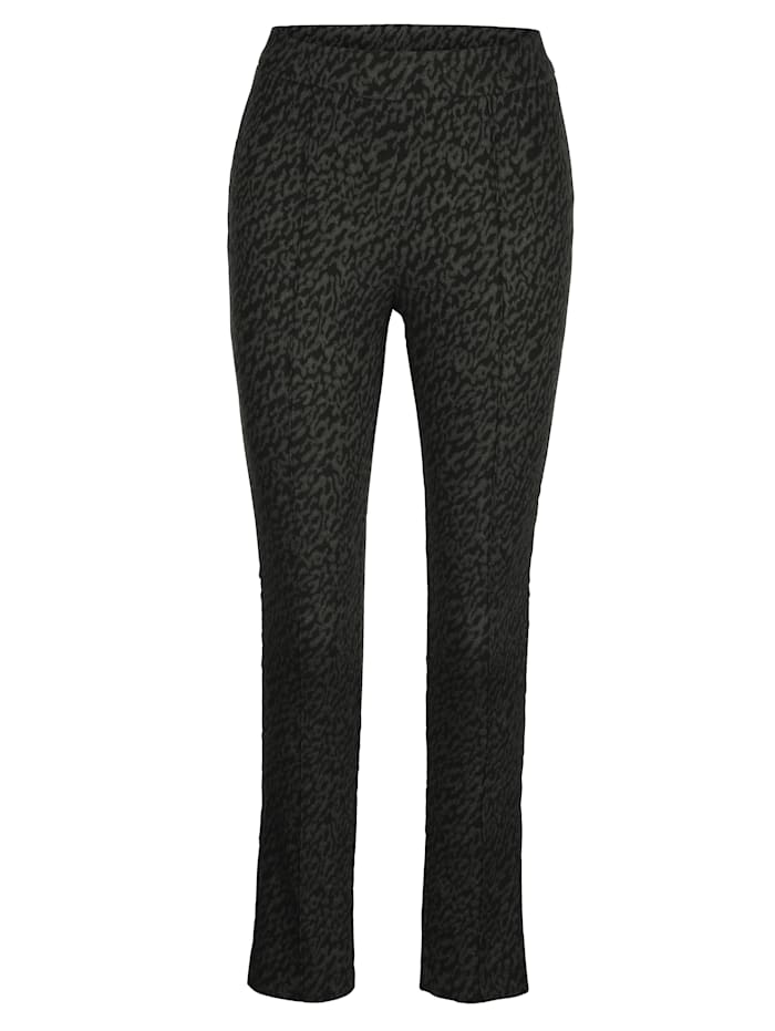 Pull-on trousers with front crease